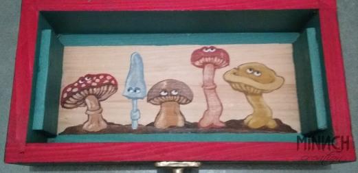 décoration peinture champignons